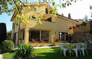 Location vacances avec un jardin bien-gardé et clôturé pour vos vacances avec votre chien en Ligurie