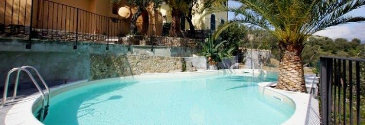 Maison vacances Villetta Teresa avec piscine, terrasse et jardin en Ligurie