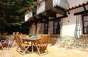 Detached holiday home directly from the owners in Liguria, in a quiet location above Sanremo