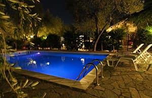 Location vacances dans un Agriturismo avec piscine dans un vignoble en Ligurie