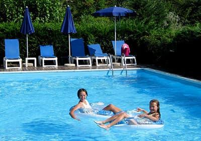 Des vacances avec piscine en Ligurie- rafraichissez-vous sans quitter votre logement