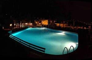 Location vacances La Tartaruga avec une piscine et un beau jardin en Ligurie