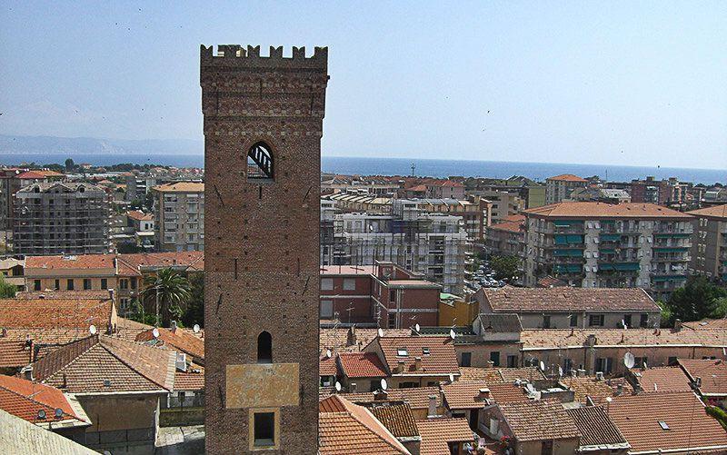 Vue du centre-ville de Albenga