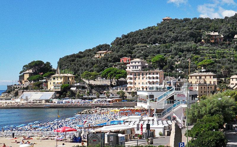 Een mooie foto van Recco en het strand