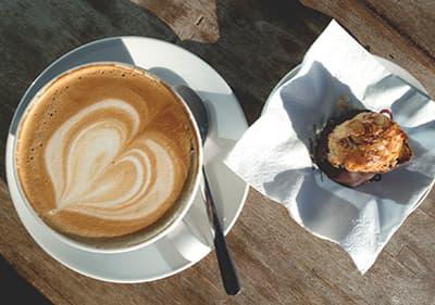 Une tasse de Cappuccino en Ligurie