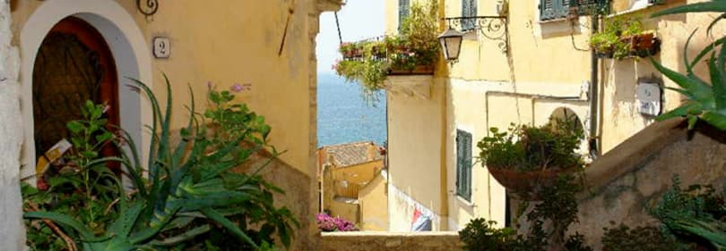 La belle ville de Cervo en Ligurie