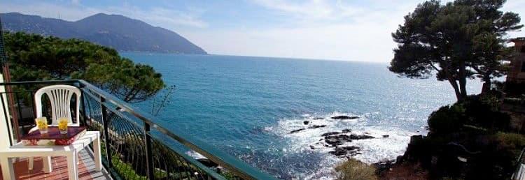 Maison vacances Dependance Villa Royal avec plage privée donnant sur la mer en Ligurie