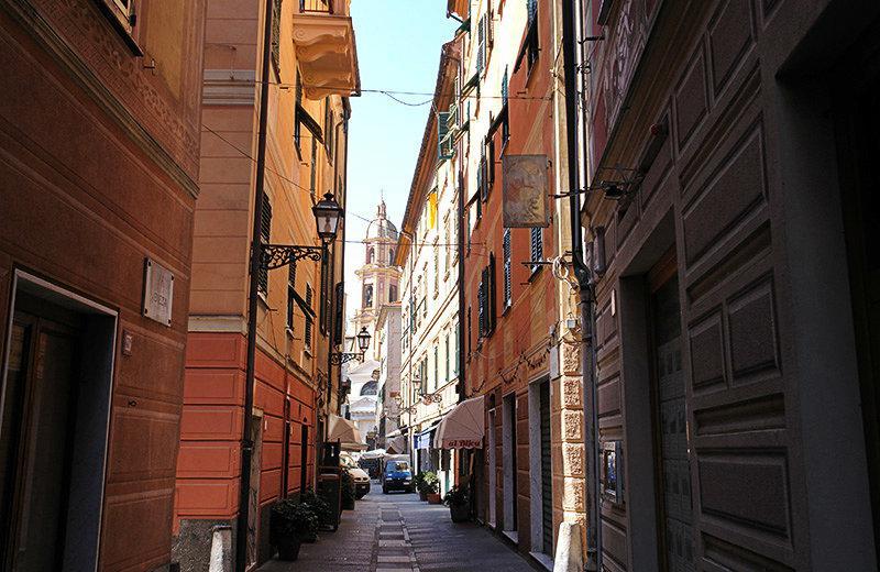 Een romantische straat van Rapallo