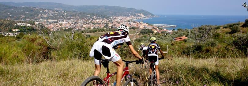Mountain Bikers en Ligurie