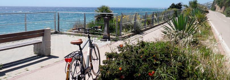 La piste cyclable de 26 km le long de la côte ligure
