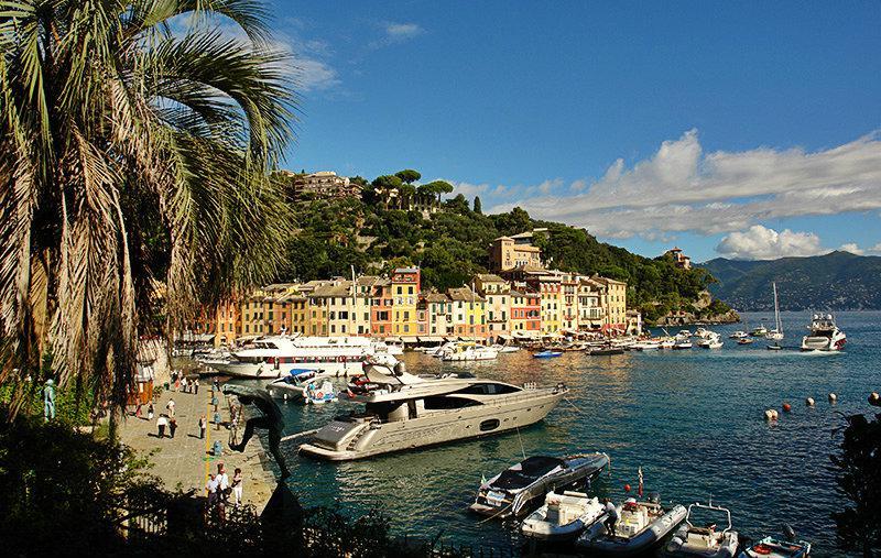 Schilderachtige uitzicht op de vakantiebestemming van Portofino