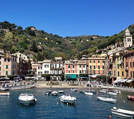 Une belle vue sur le port de Portofino