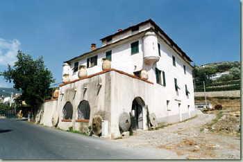 L'Antico Frantoio Saguato Olivenmuehlen