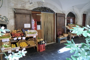 Zuccarello Petite épicerie à Ligurie
