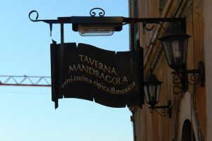 Ristorante Taverna Mandragola Di Giulia Sas restaurants à Ligurie