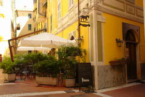 The Black Horse Café restaurants à Ligurie