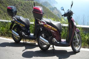 Paddok rent scooter Location de scooters à Ligurie