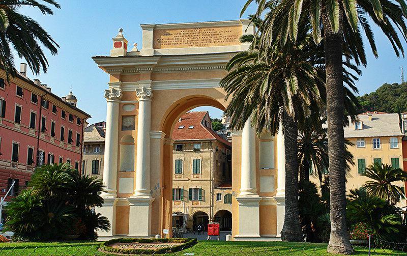 Arco di Margherita di Spagna à Finale Ligure