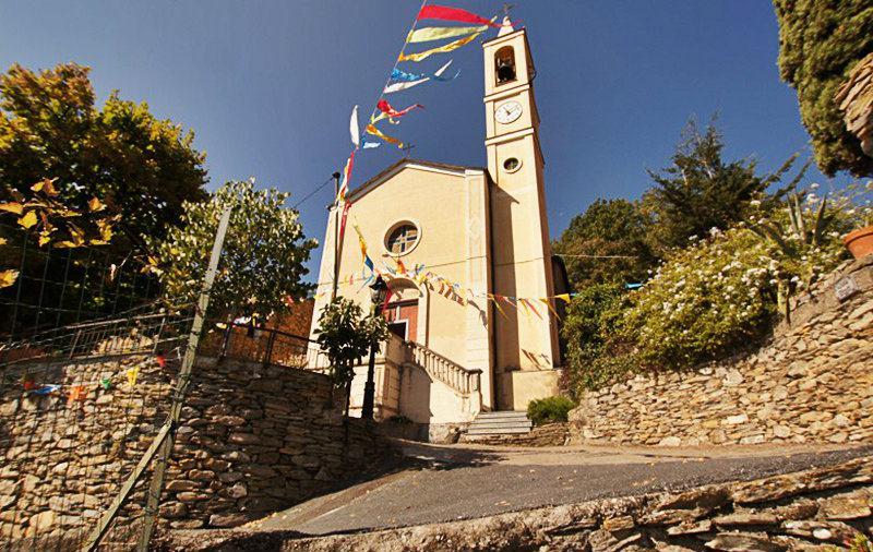 Une vieille église dans Bellissimi, Ligurie
