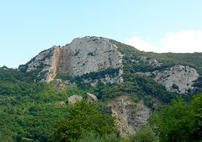 Une montagne en Ligurie, Italie