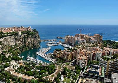 Vue de Monaco en Côte d'Azur, France