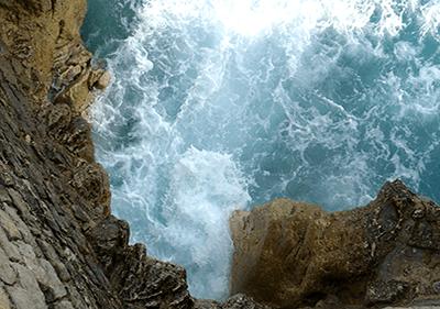 Une vue de Balzi Rossi Caves en Ligurie