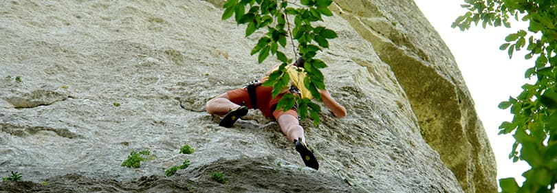 Escalade sur une montagne en Ligurie