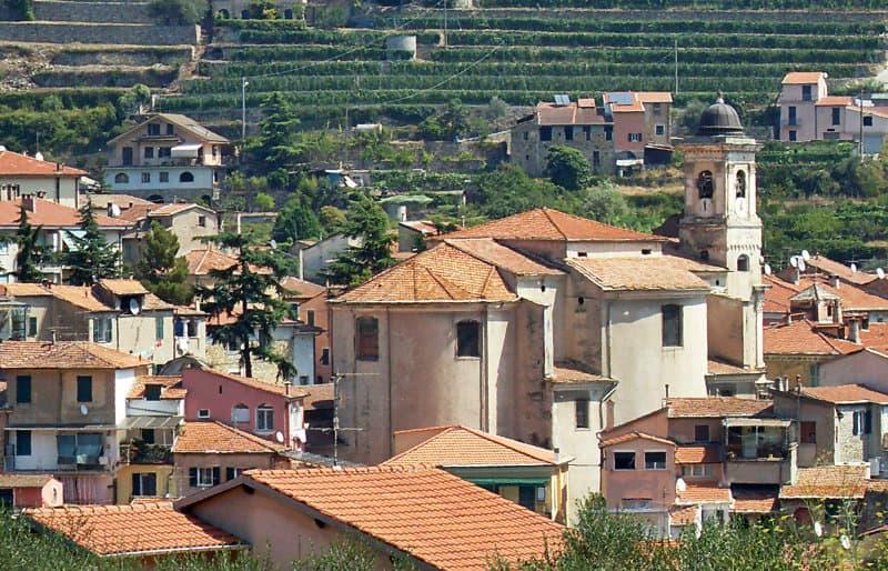 Pontedassio est un ancien centre agricole du Moyen Age