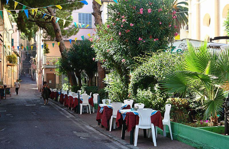 Un beau restaurant dans le centre d'Imperia, Porto Maurizio
