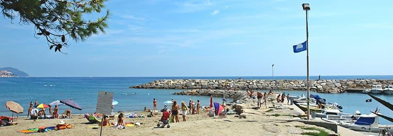 Plage de San Lorenzo al Mare, Ligurie