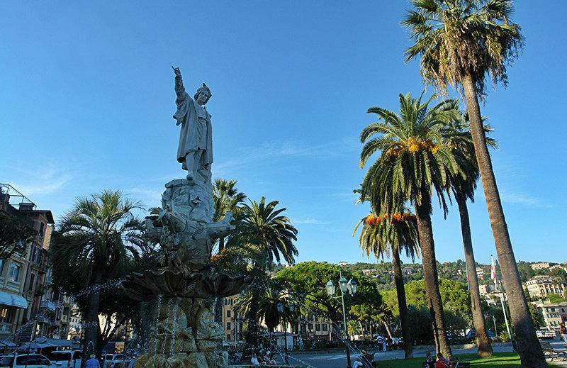 Une vieille sculpture à Santa Margherita Ligure