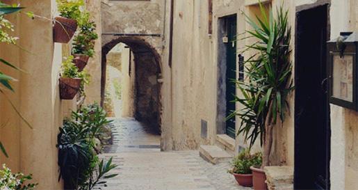 La Ligurie est un endroit fascinant avec les ruelles pittoresques et le style italien